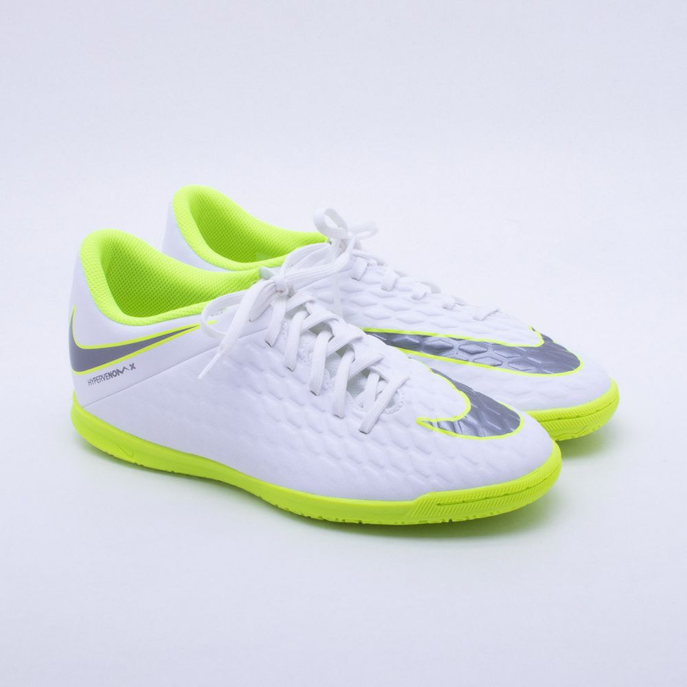 Chuteira Futsal Nike HypervenomX Phantom 3 Club IC 0b7a3fbfefe23