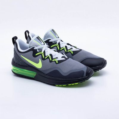 Tênis Nike Air Max Fury Masculino Preto e Verde - Gaston - Paqueta ... e2e35a5496a