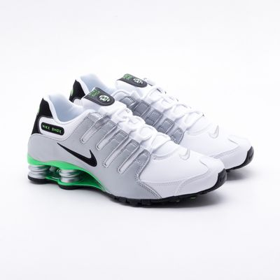 the latest 4b957 8a826 Tênis Nike Shox NZ Branco Masculino 42