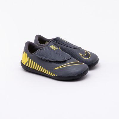 aff55878b Chuteira Futsal Nike Infantil Mercurial Vapor XII Club Cinza Cinza e ...